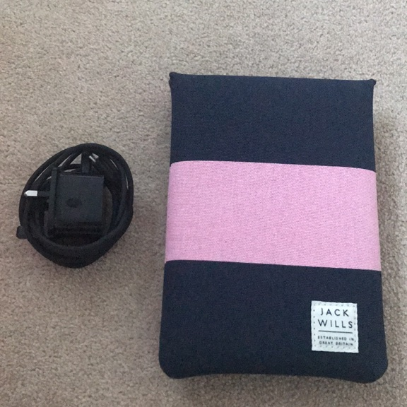 kindle fire (including charger and case)