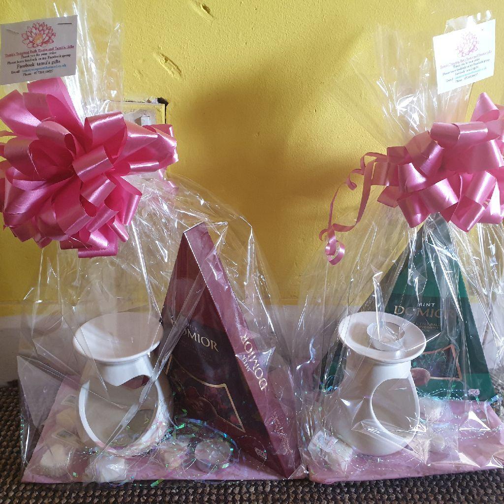Wax burner and chocolate giftsets