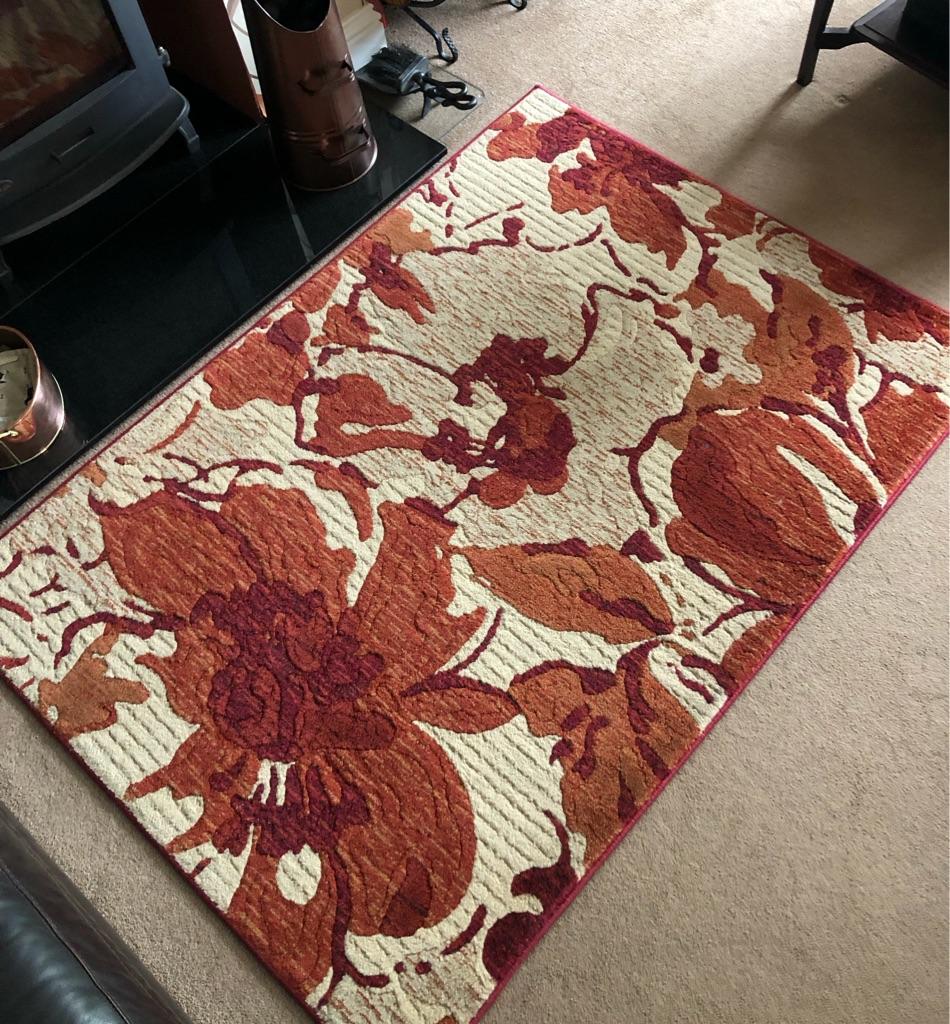 Woolen rug - FREE