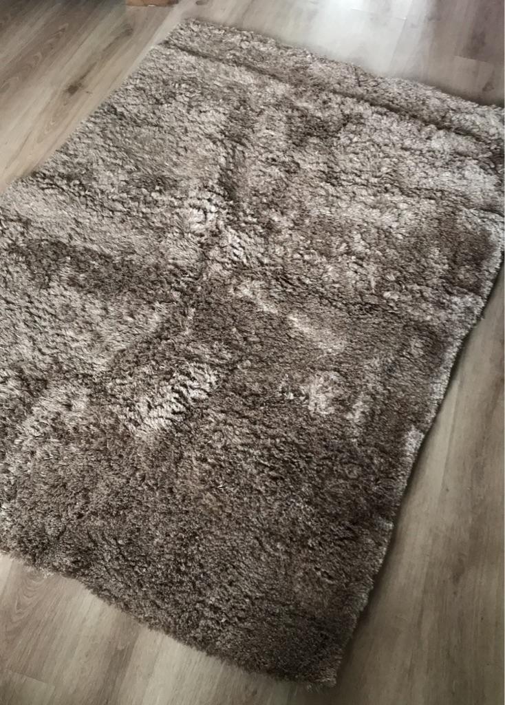 Next rug (mink)
