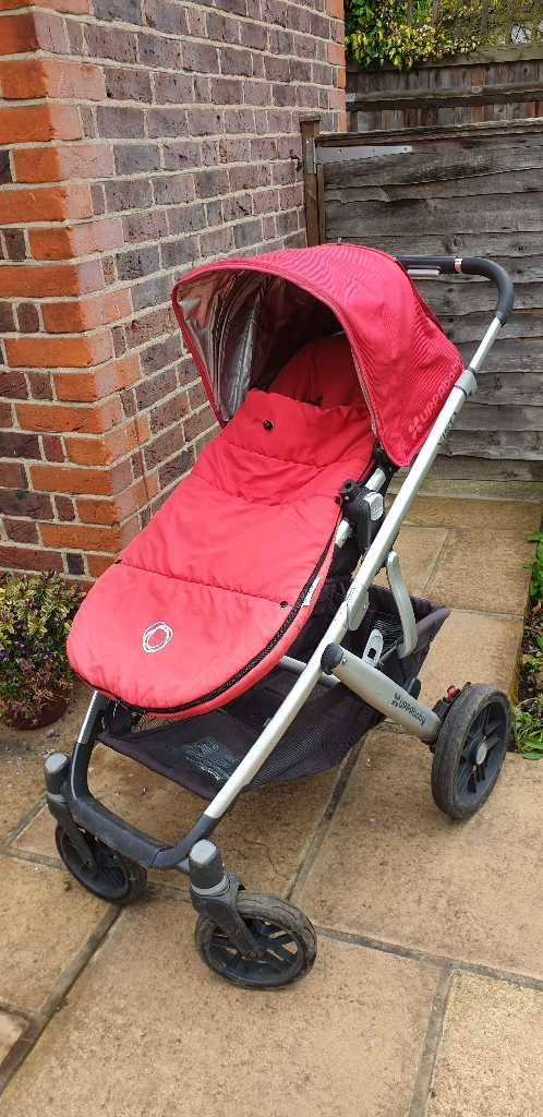 UPPAbaby Vista in red 2016 model