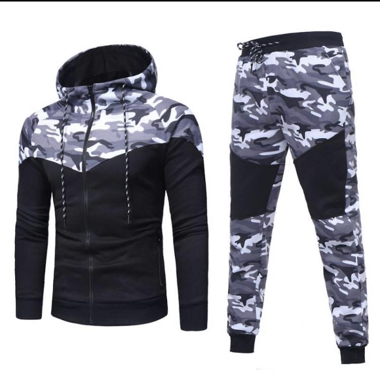 Men's leisure long sleeved sports hooded suit