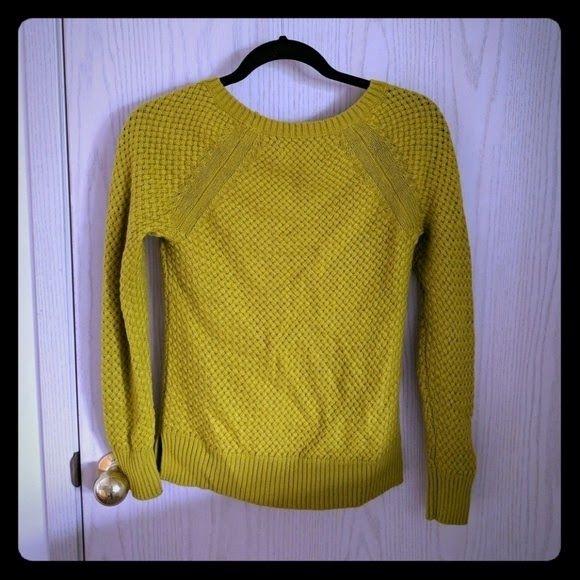 XS yellow top