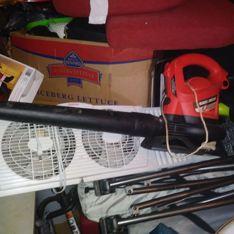 Black an Decker Leaf Blower