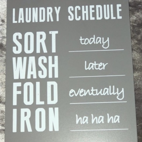 Laundry service hanging plaque