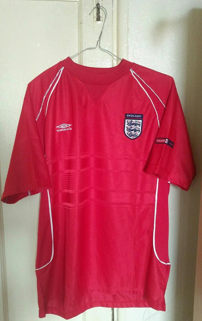England Football Red Training Shirt 2000 Medium