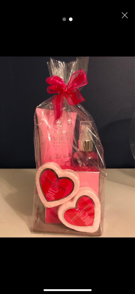 The Luxury Bath Set + free gift