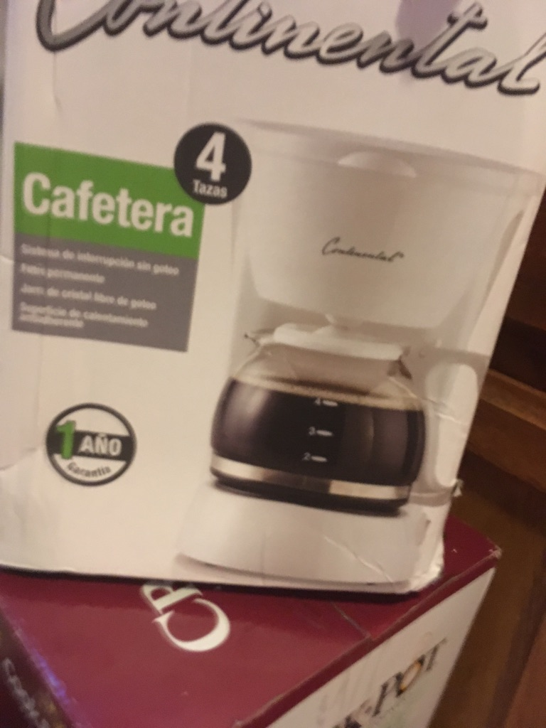 Continental Electric 4-Cup Coffee Maker, White $40 Or Best Offer brand new