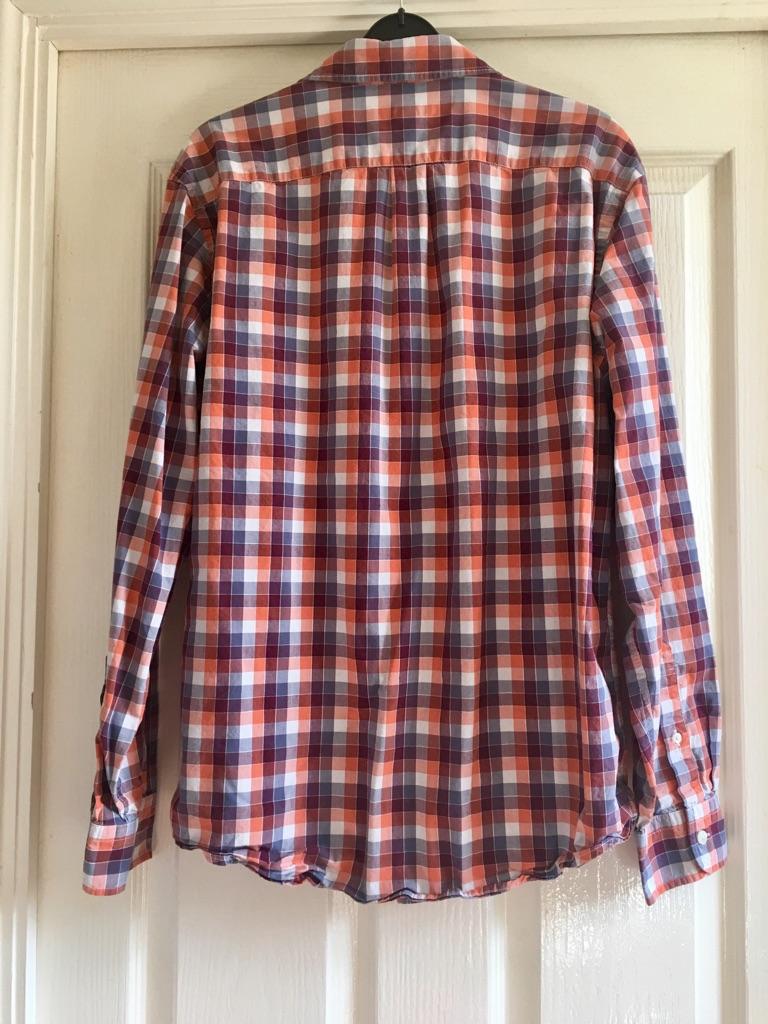 Gap Shirt size M