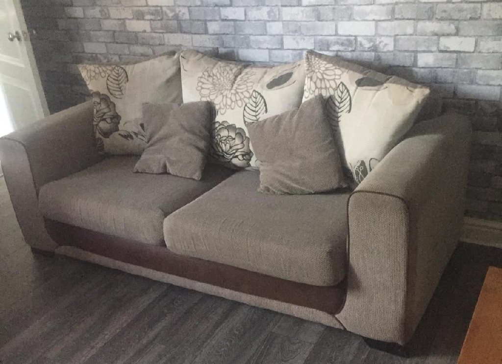 Brown x2 sofas new condition