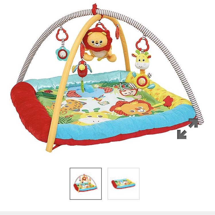 Baby safari play mat