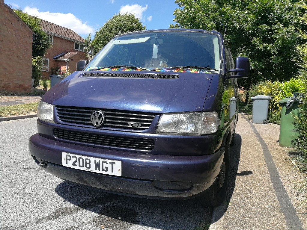 VW caravelle TWIN SLIDERS with air conditioning