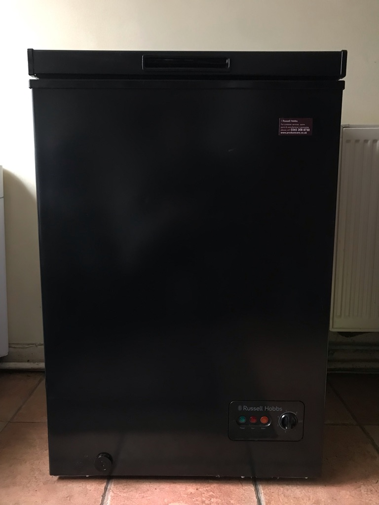 Russell Hobbs 99L chest freezer A* energy rating