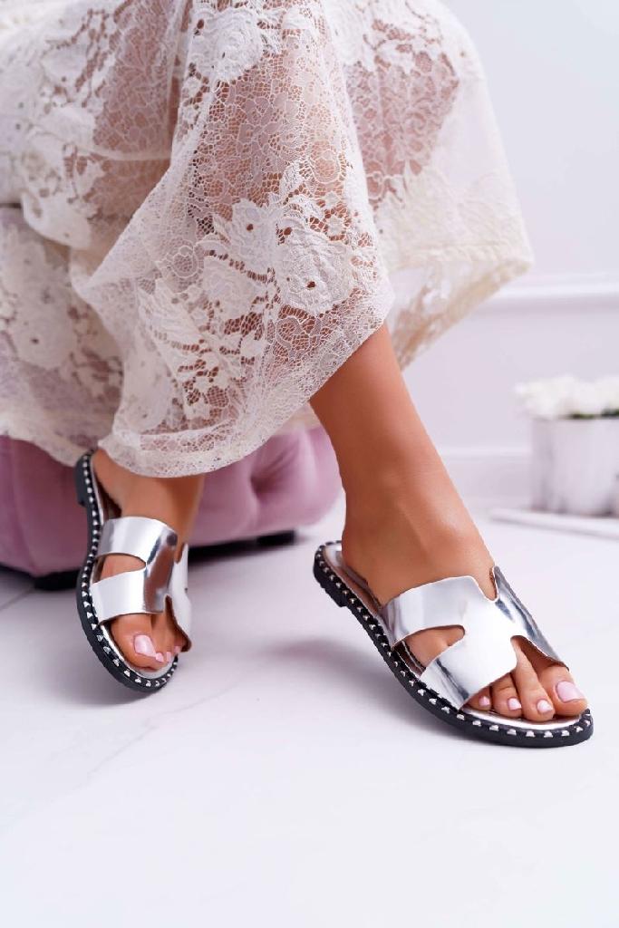 Flip flops silver