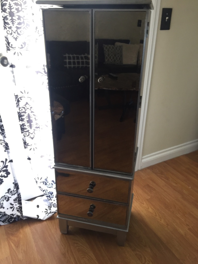 Tall z galleria mirror jewelry and makeup box