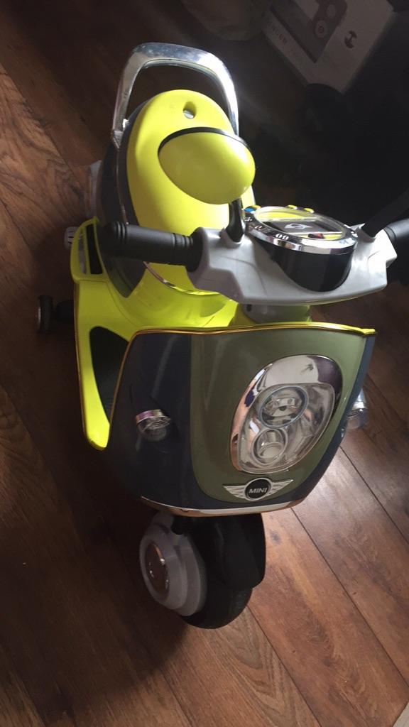Kids electric scooter Mini 6VOLT