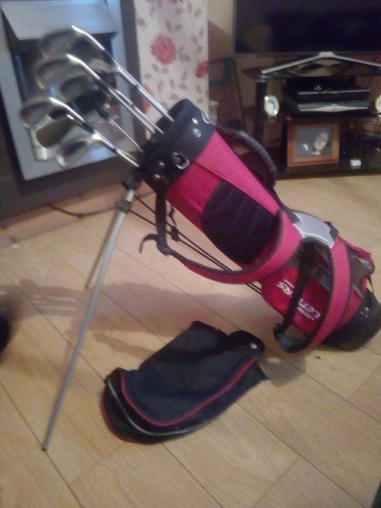 Golf clubs & bag (John lettersof Scotland)