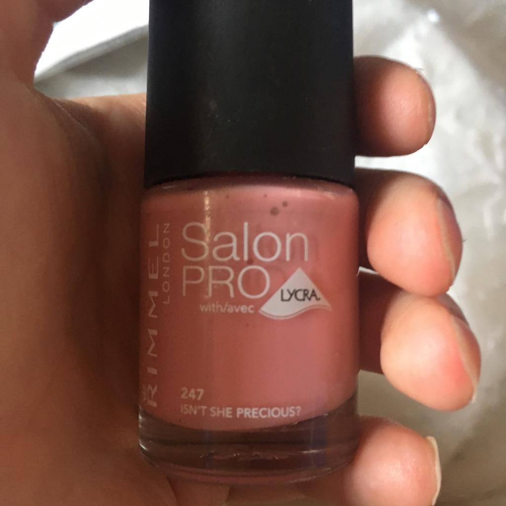 Rimmel London salon pro nail polish 247 12ml isn't she precious