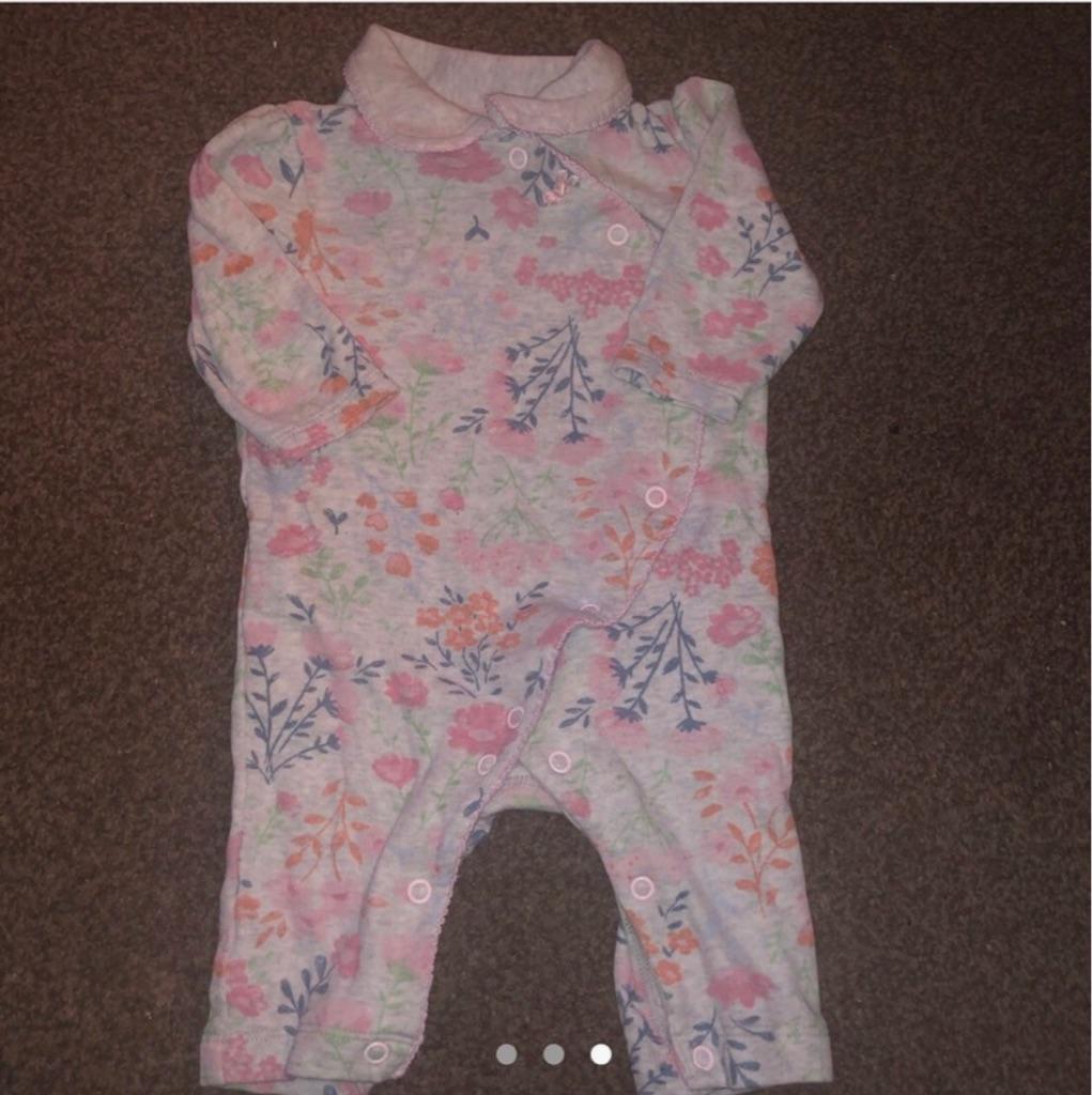 Babygirl romper and sleepsuit