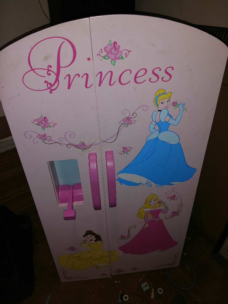 Little princess doll clothes closet