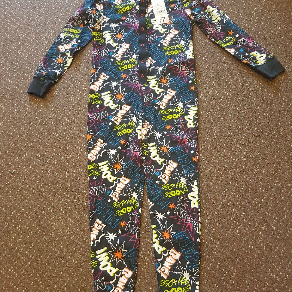 Age 6-7 onesie pyjamas NEW WITH LABELS