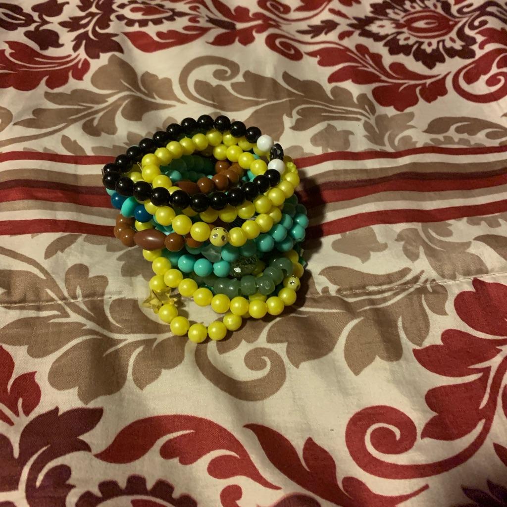 Selling bracelets