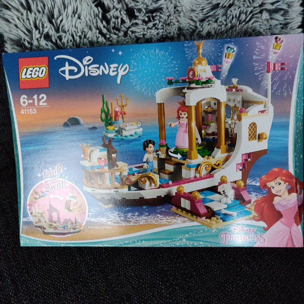 Brand New Lego Disney Ariels Celebration