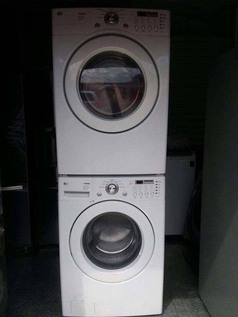 Gas washer dryer set