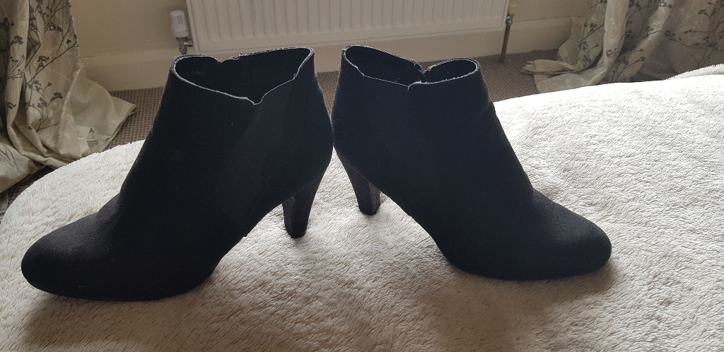 Black suede boots