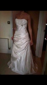 Size 10 Paloma blanca Wedding Dress
