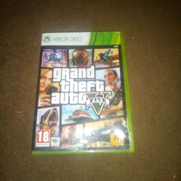Xbox 360 grand theft auto 5