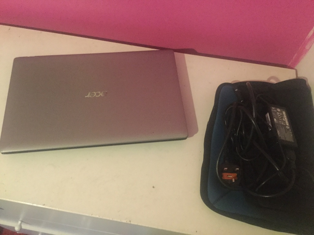 Acer laptop | Microsoft Office included