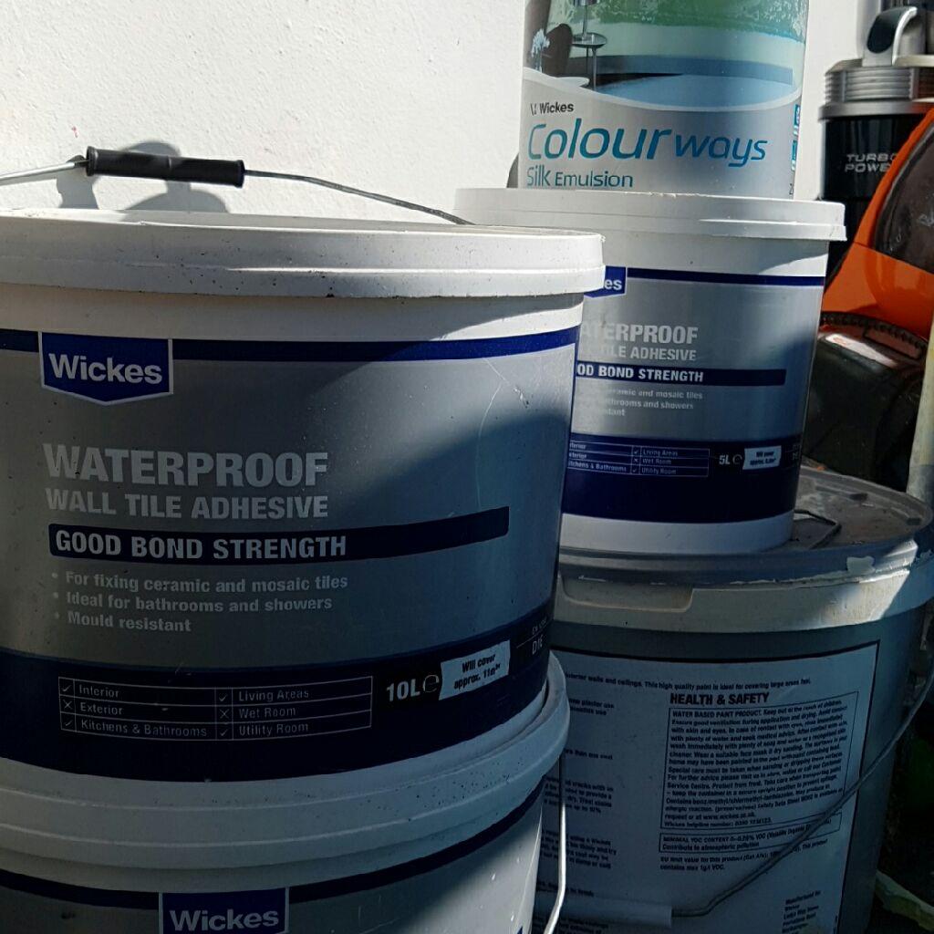 35  Litres of waterproof tile adhesive plus 2.5L Duck egg emulsion paint