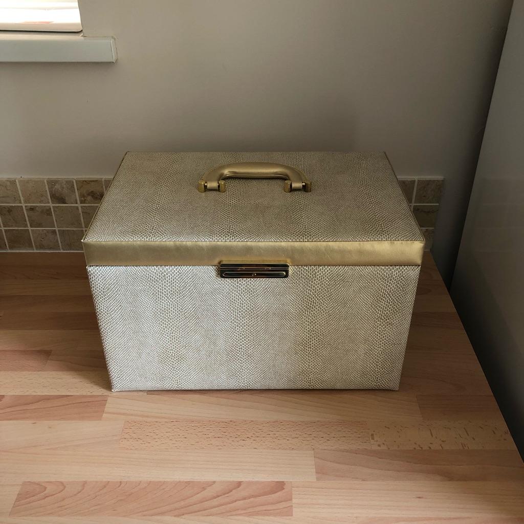 Large gold jewellery box