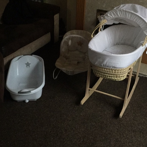 Rocker stand, Moses, baby bath and bouncer chair