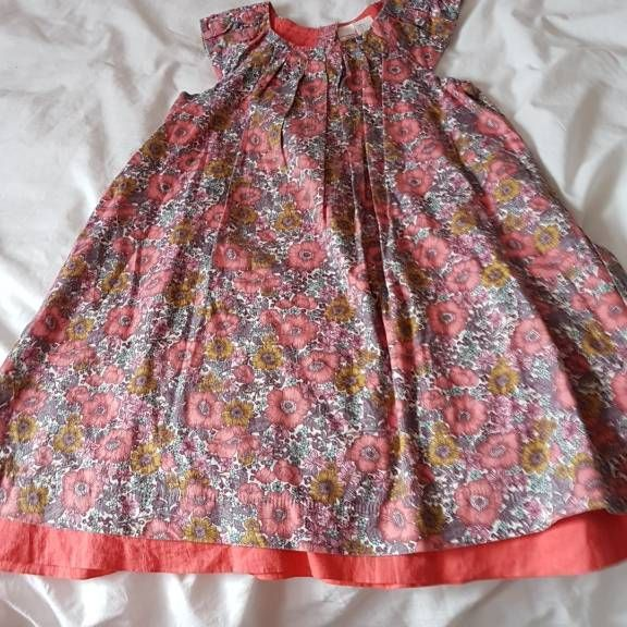 Strawberry faire dress age 3 to 4