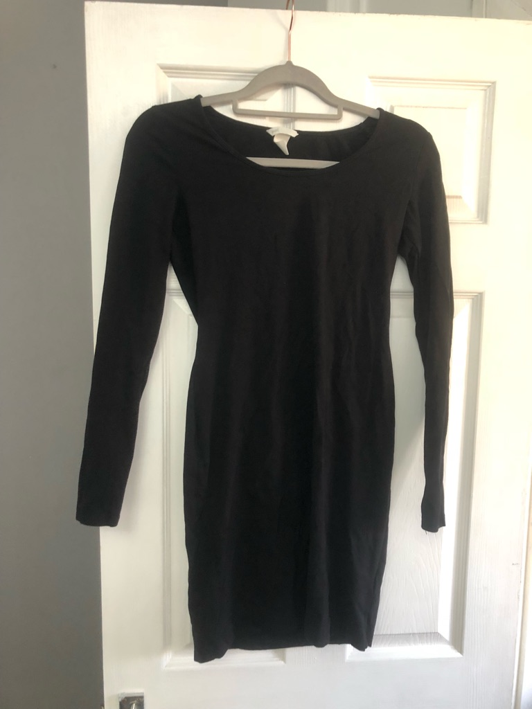 H&M Basic Long Sleeve Black Dress