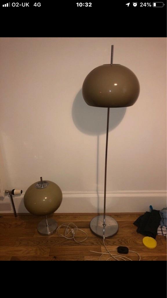 Vintage 60s70s guzzini style lamp
