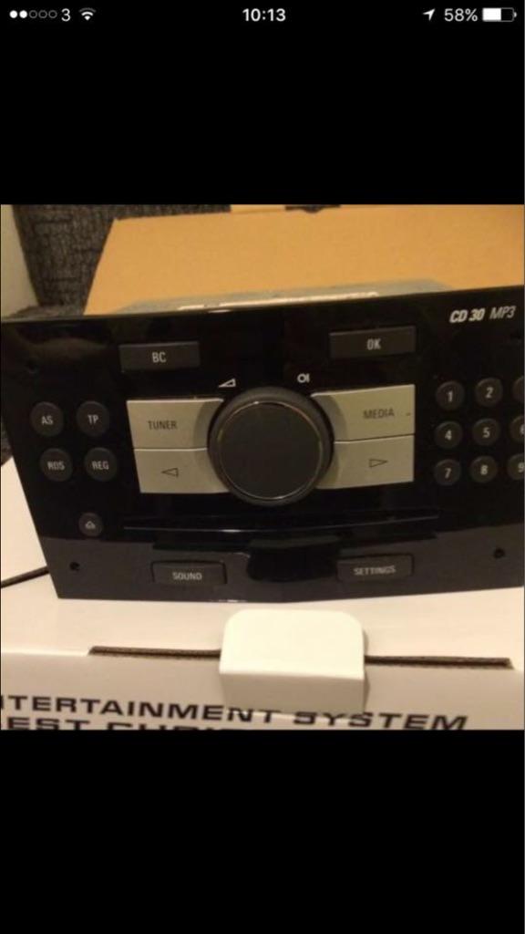 Zafira radio