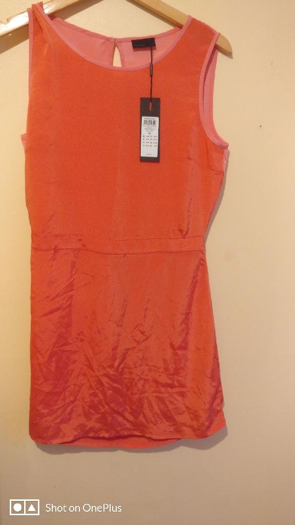Dress new medium size