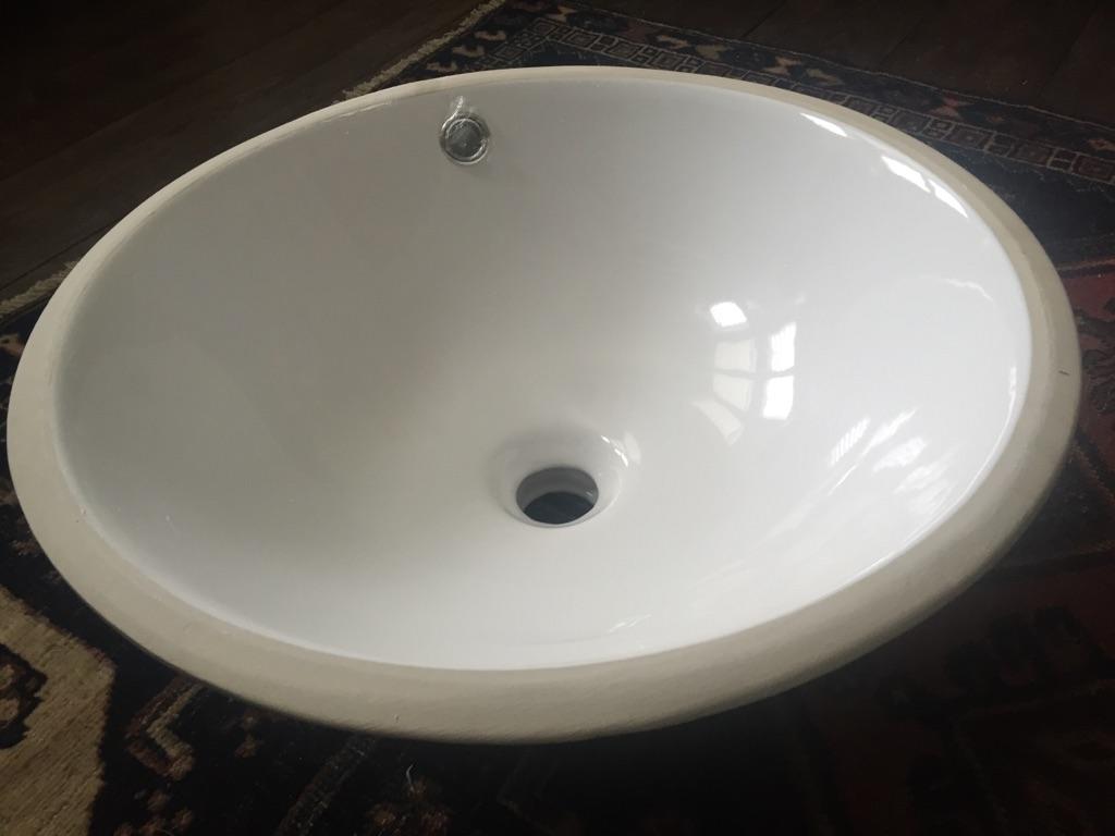 Round Ceramic Undermount White sink