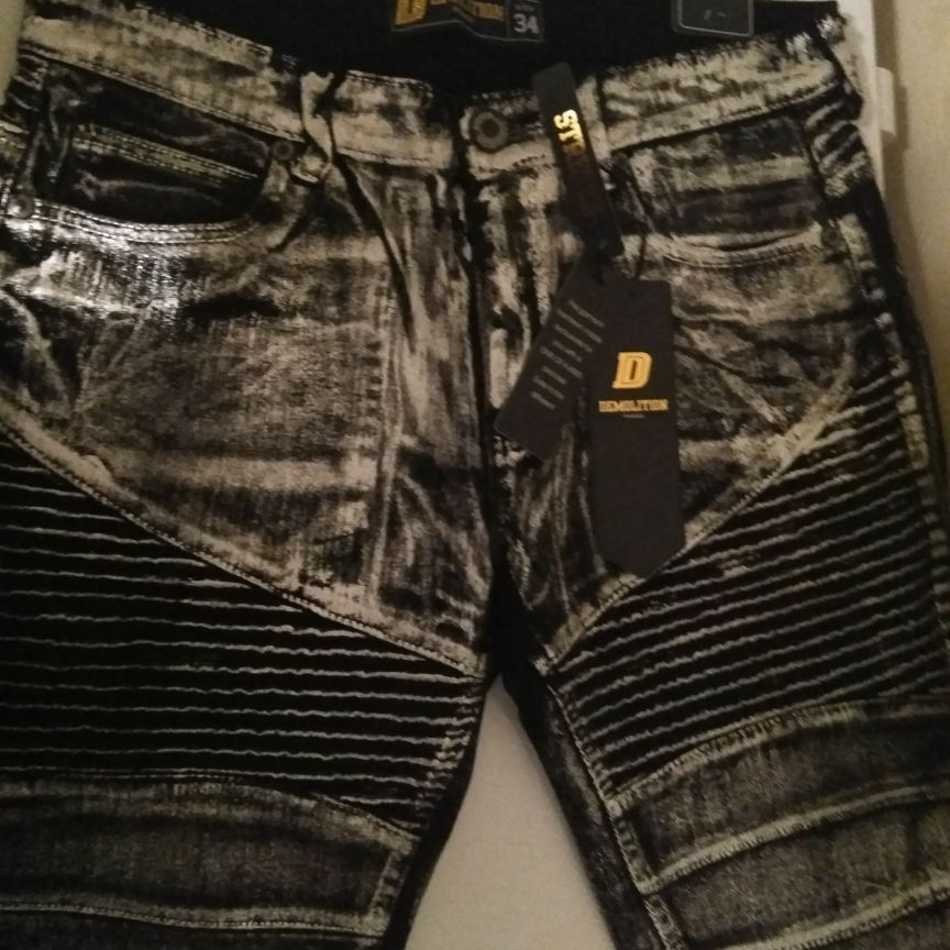 Black and silver shorts size 34