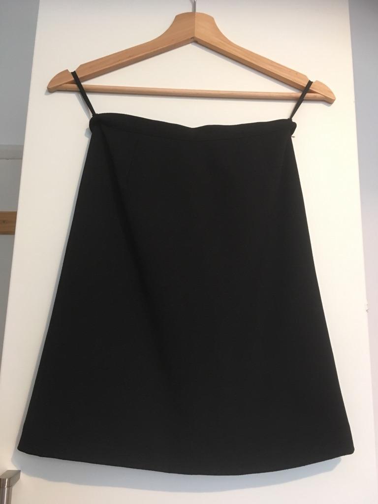 Black skirt, UK size 4.