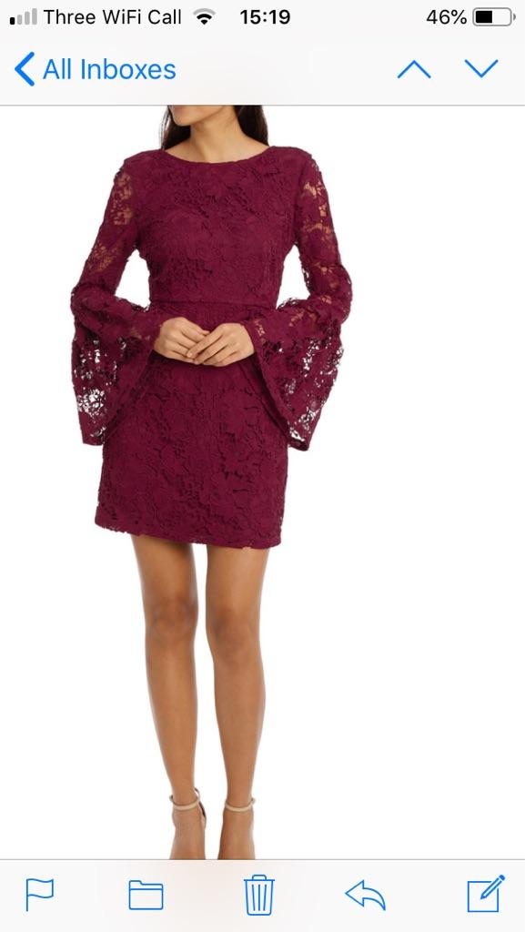 Selling new burgundy size10 dress