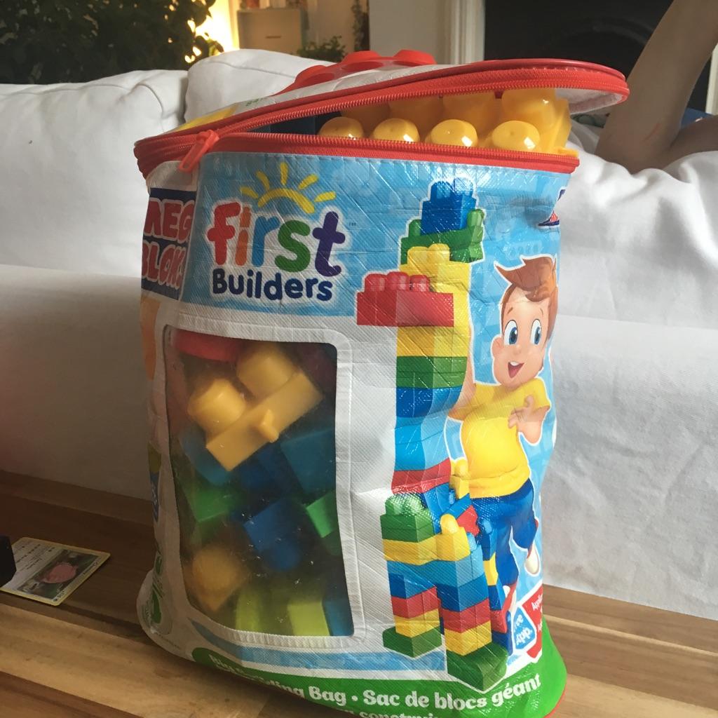 Mega blocks building blocks