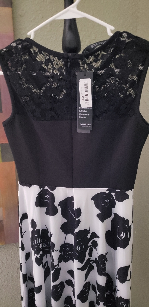 Black and white dress SIZE MEDIUM