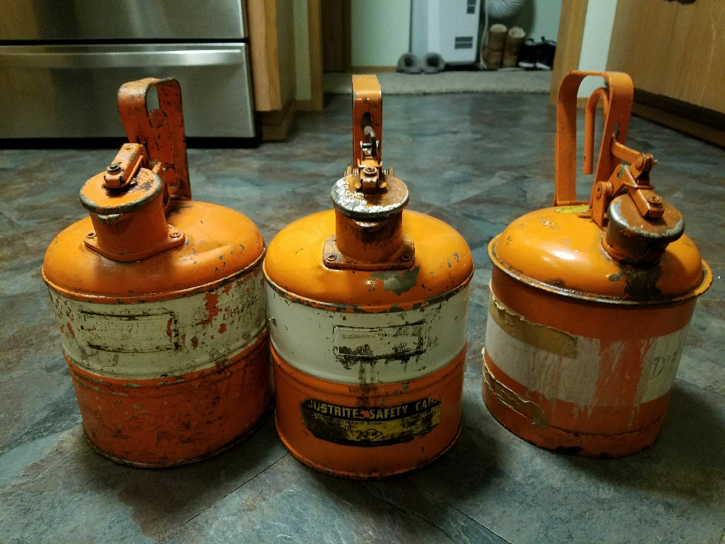 3 Vintage Safety Gas Cans Underwritter Laboratories inc