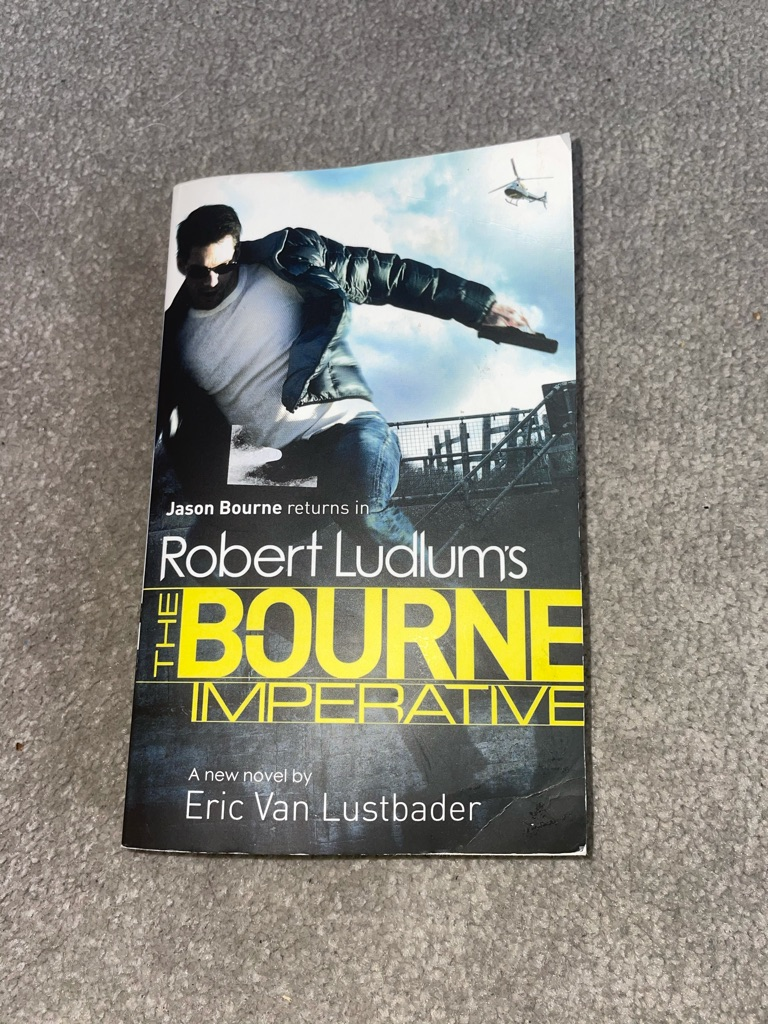 Jason bourne book