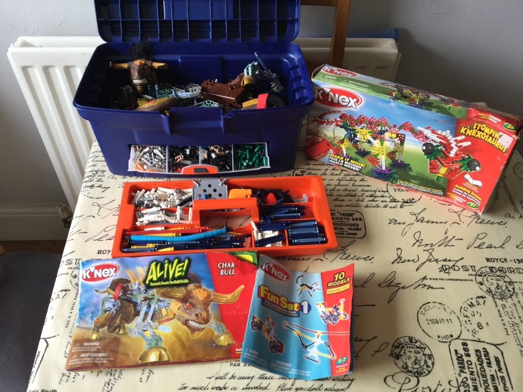 Large lot of k'nex including sets and motor, k'nex gun and many other pieces