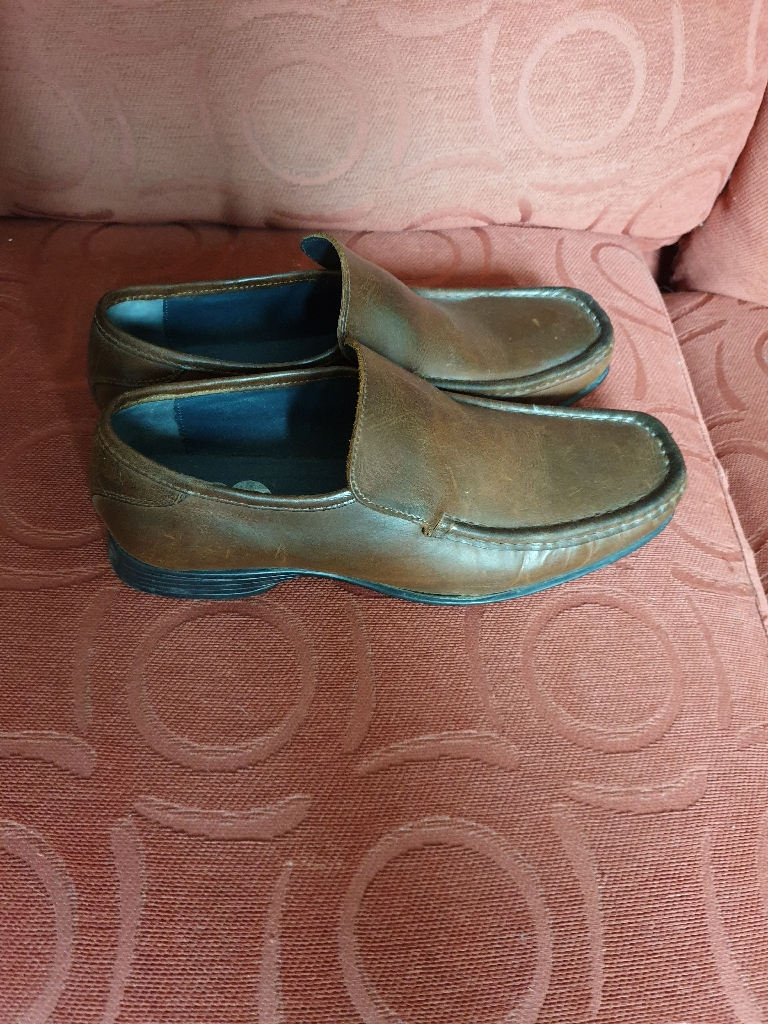 Mens size 8 shoes